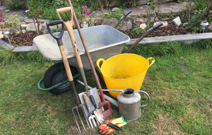 Jack 39 s top ten beginners 39 tools for gardening blog at for Gardening tools beginners